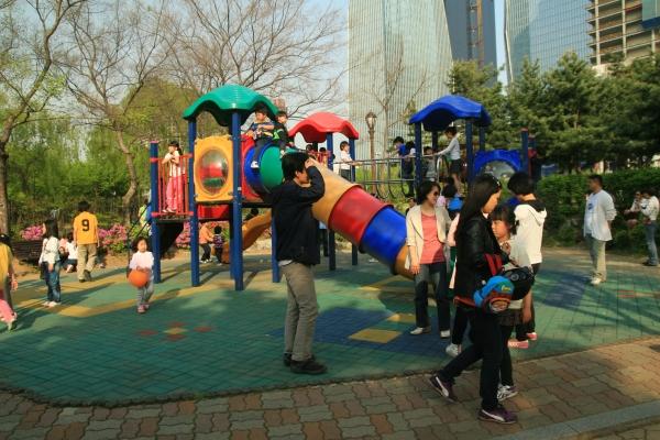 Yeouido Park Kidsfuninseoul